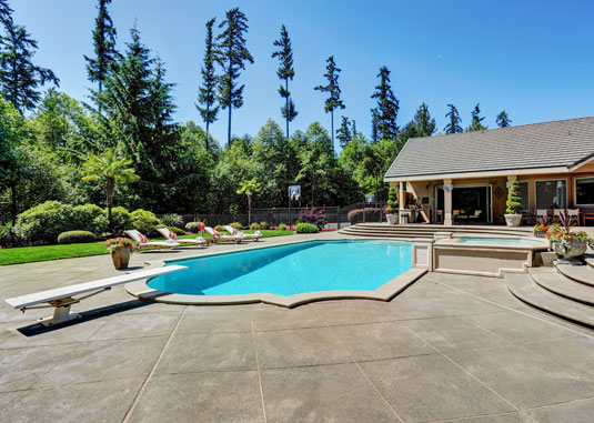 Benefits of Concrete Pool Deck